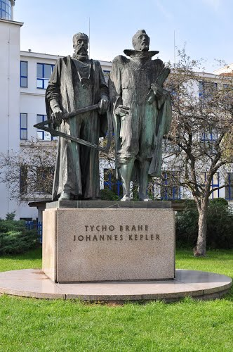 Tycho Brahe and Johhanes Kepler statue